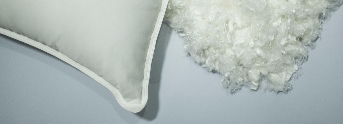 Almofadas microfibras e sumauma